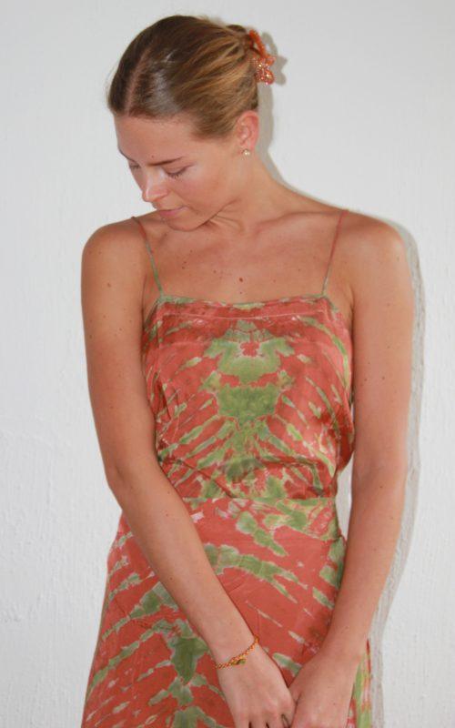 Tøj Udsalg 60% | Se Vores Store Tøj Udsalg til Kvinder Her